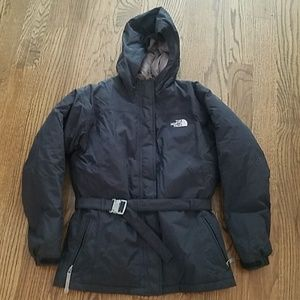 The North Face girl's jacket down fill black 18 xl